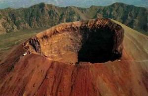 """""""Clean up Vesuvio"""": pulita la strada che porta al cratere"""