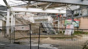 Le rovine della metro di Scampia