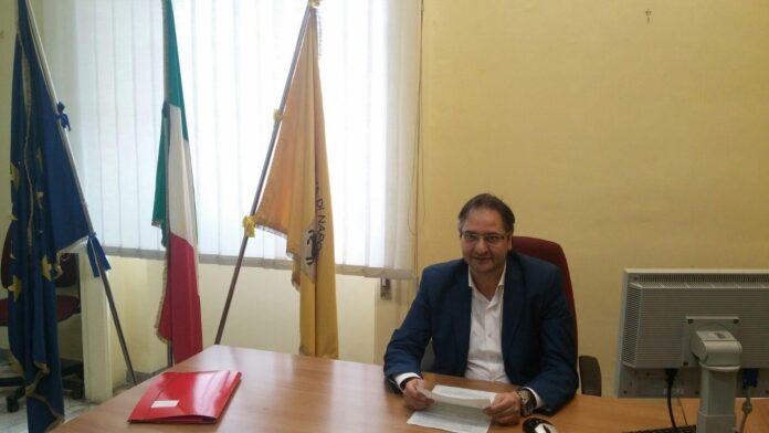 Nicola Pirozzi scuole chiuse 4 dicembre