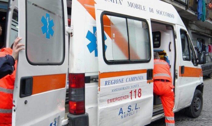 medici aggrediti Tragedia in Campania nel pomeriggio: bambina di 7 anni muore nella piscina gonfiabile